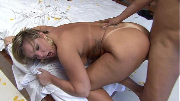 Filmes sexo anal HD loira brasileira dando a bundona