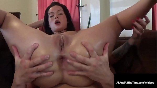 Porno grátis novinha dando o cu sem camisinha