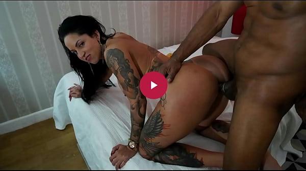 Pornô de carioca com morena cuzuda fodendo