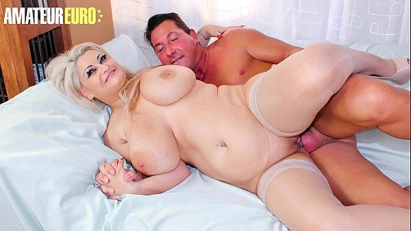 Porno peituda madura com xoxota lisinha